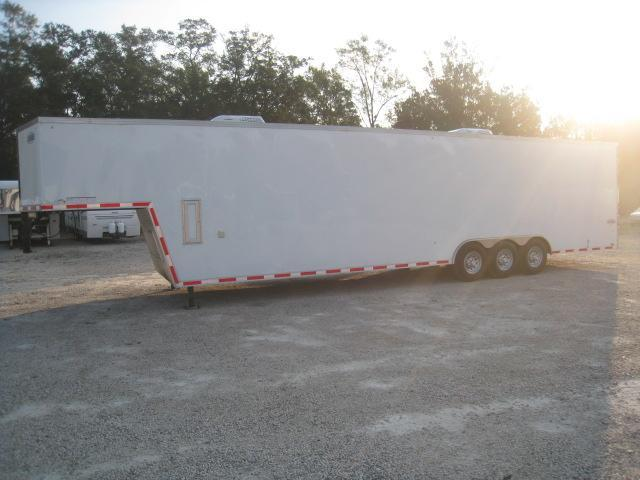 2018 Cargo Express Pro Flattop 40 Gooseneck Enclosed Cargo Trailer with Double Rear Doors