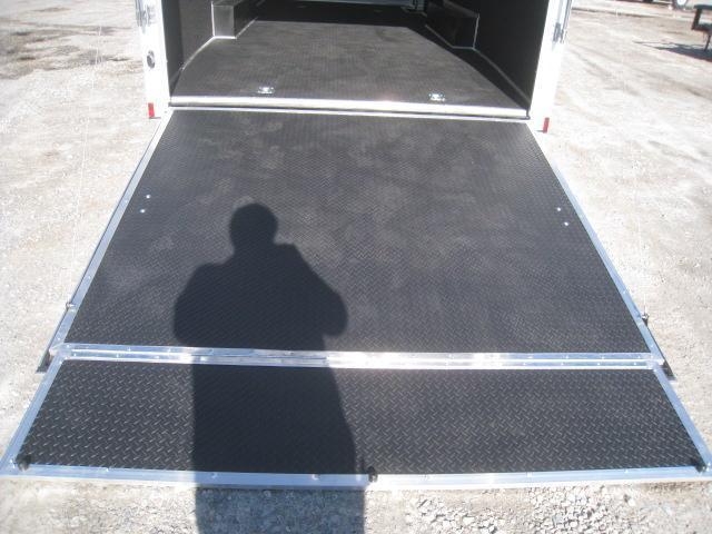 2020 Continental Cargo Sunshine 8.5 x 24 Car / Racing Trailer