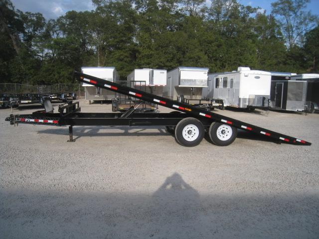 2020 PJ Trailers T8 Tilt 22 Equipment Trailer