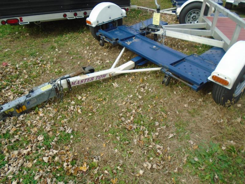 2011 Master Tow 80 surge brake Tow Dolly