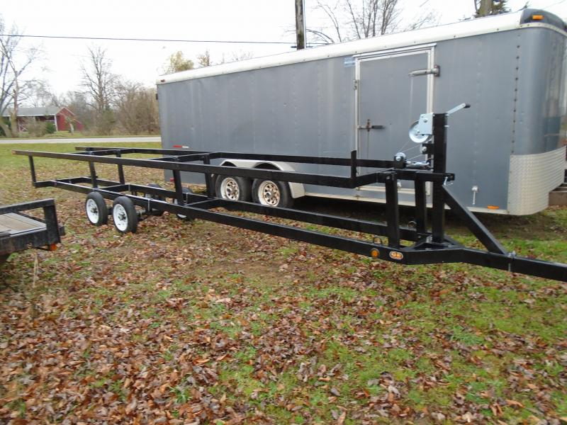 Rental 24' CenterLift Rental Pontoon Trailer