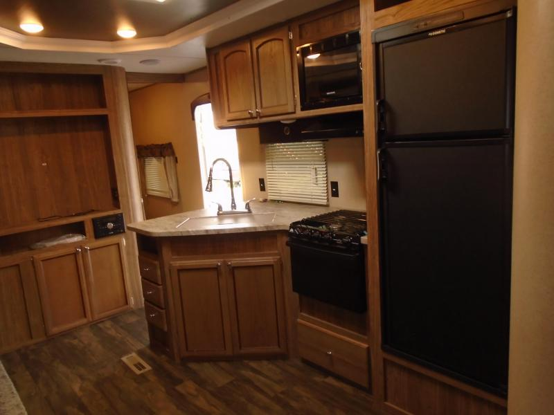 2018 Forest River Inc. Shasta Revere BH Class B RV