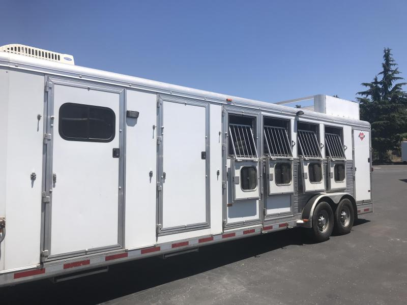 2005 Hart Trailers Ultimate 4H GN Horse Trailer