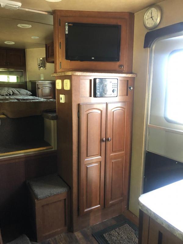 2014 Bison Coach 3-Horse Living Quarters Model M-8413 MMB