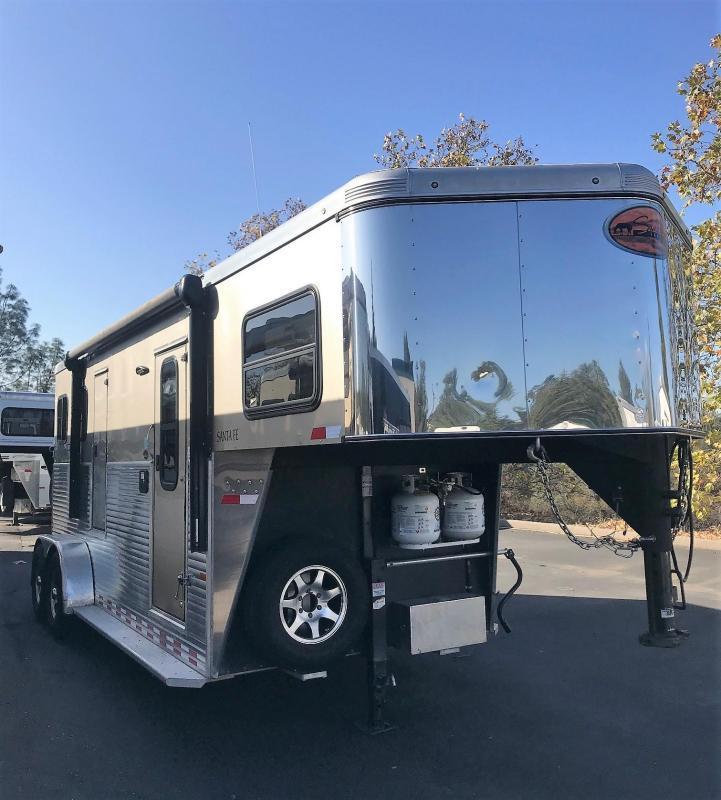 2016 Sundowner 2H Santa Fe 6905 Model Horse Trailer
