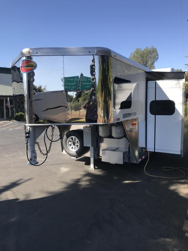 2020 Sundowner 3H LQ Horizon 8010 RS Model with Slide Out