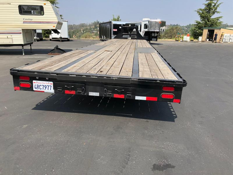 2016 Big Tex 40' Gooseneck Equipment Trailer 23.9K