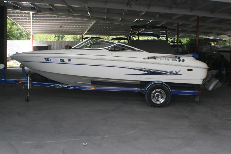 2003 Glastron SX195 Runabout Boat