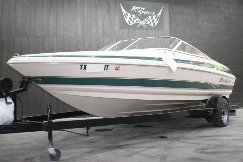 2002 Larson 190 LXI Runabout Boat