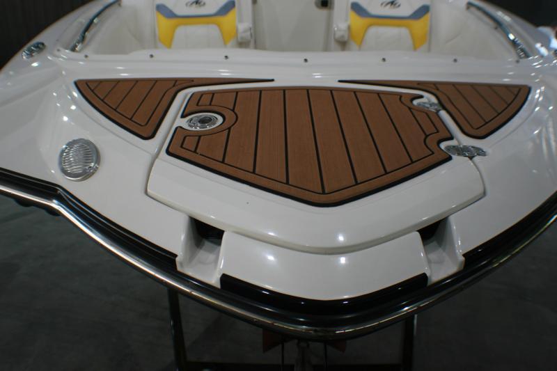 2014 Monterey M5 Ski/Wakeboard