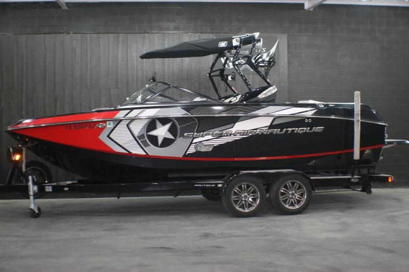 2013 SUPER AIR NAUTIQUE G23 Surf Boat