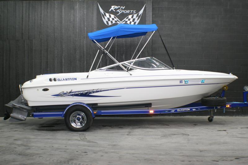 2003 Glastron SX195 VEC Runabout Boat