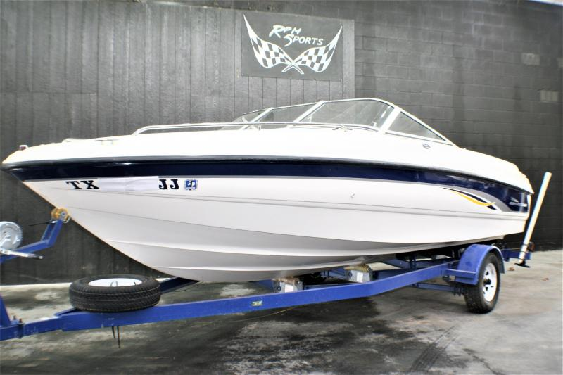 2000 Chaparral SSE 200 Runabout