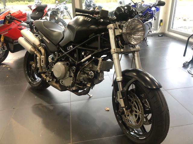 2005 Ducati Monster S2R