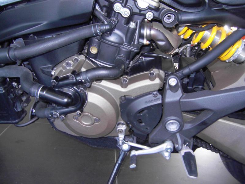 2015 Ducati Monster 821 Dark