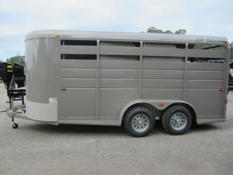 "CMH0833-16 CM 6' X 16' (3)-HORSE 6'6"" TALL DAKOTA W/ (2) DIVIDERS W/ TACK ROOM AND FLOOR MATS"