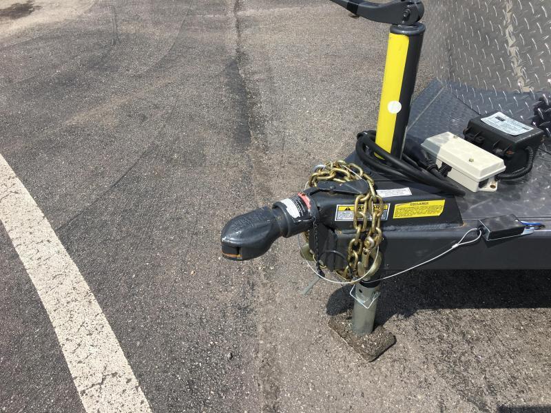"CMS6740-17 CM 6'8"" X 17' DURANGO (3)-HORSE 6'6"" TALL TRAILER.  SHOWN WITH OPTIONAL SPARE TIRE."