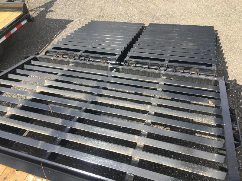 25GN-28BK+5MR BIG TEX 28' + 5' DUAL TANDEM DECKOVER FLATBED W/ 12K AXLES & LRG 14-PLY TIRES