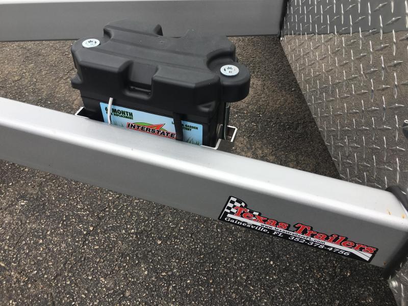 CW1622-102 WELLS CARGO 7X16 CARGO WAGON ENCLOSED CARGO TRAILER W/ CABLE-LESS REAR RAMP DOOR