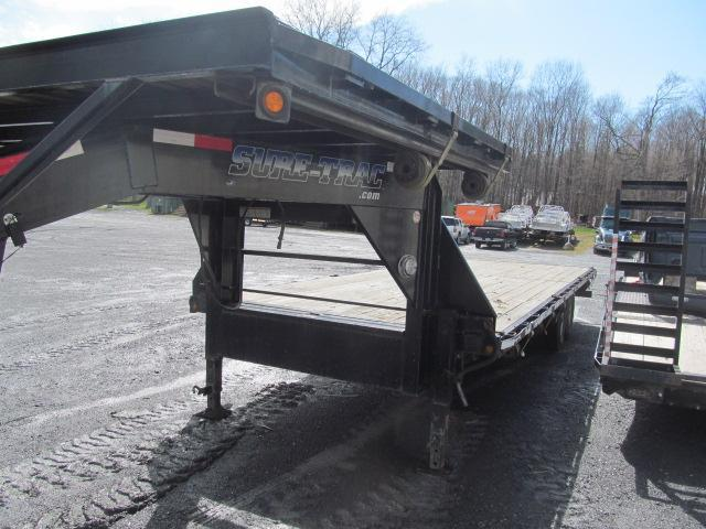 2013 Sure-Trac Deckover 24 Ft Gooseneck Flatbed Equipment Trailer