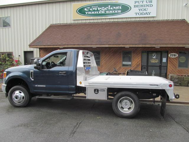 Hillsboro 2500 Series Aluminum Flatbed