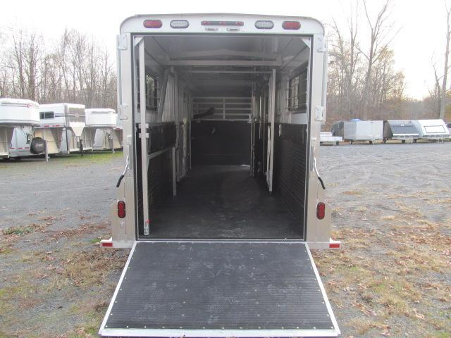 Trailers USA Inc. Patriot 2 plus 1 Combo GN with Rolling Carriage Divider