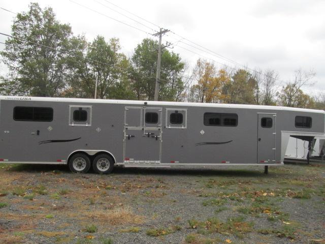 2020 Trailers USA Inc. Patriot 6H Head to Head with Dressing Room Horse Trailer