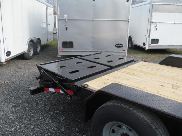 Sure-Trac 7 X 18 16K Universal Implement Trailer Equipment Trailer