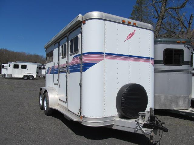 1990 Featherlite Step up with Mangers Horse Trailer