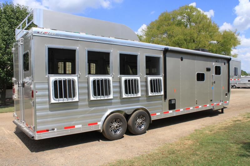 2019 Exiss 4 Horse with 12ft Shortwall w/ Slide out and Generator