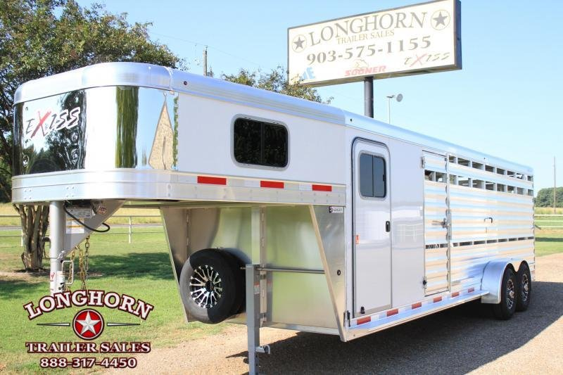 2020 Exiss 24ft Show Cattle w/ Side Ramp in Tack Room
