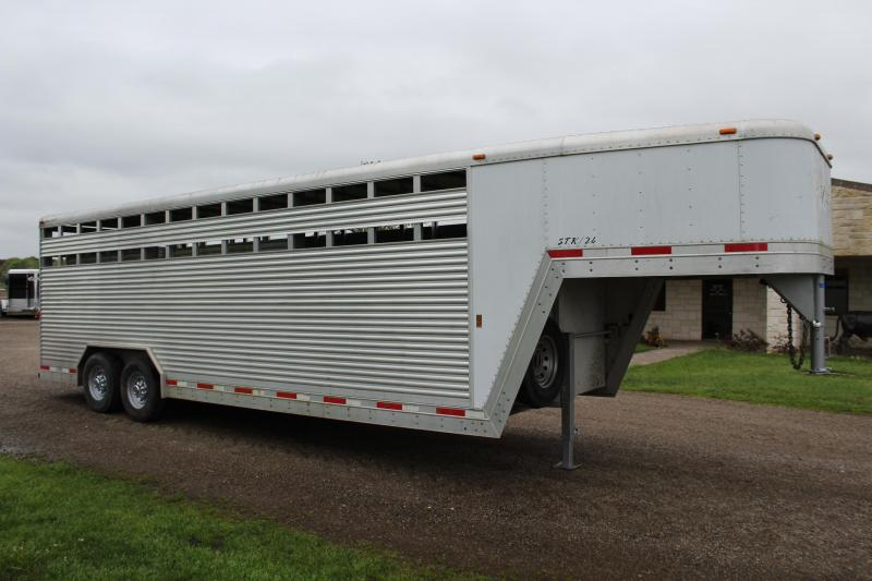 2009 Exiss Trailers 24ft x 8ft Show Cattle Stock Trailer Livestock Trailer