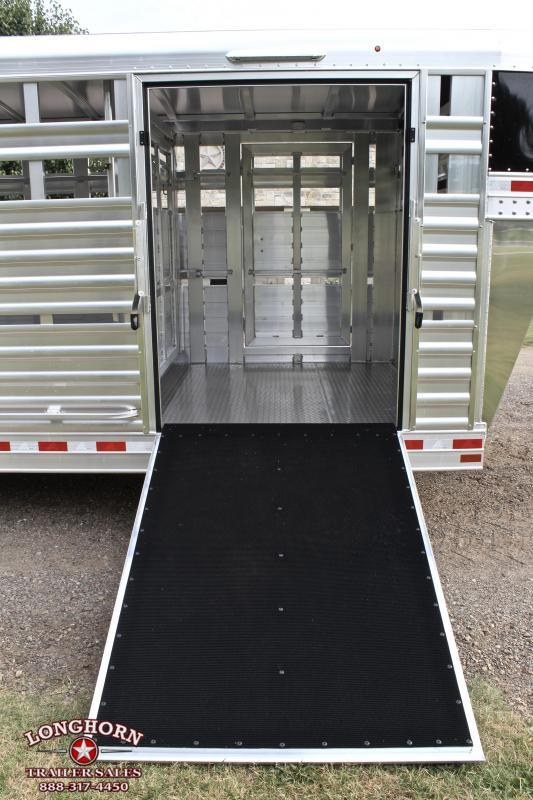 2019 Elite 28ft x 8ft with Side Ramp and Floating Gate