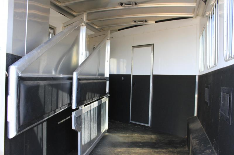 2017 Exiss 3 Horse 14 Ft Lq w/ Generator