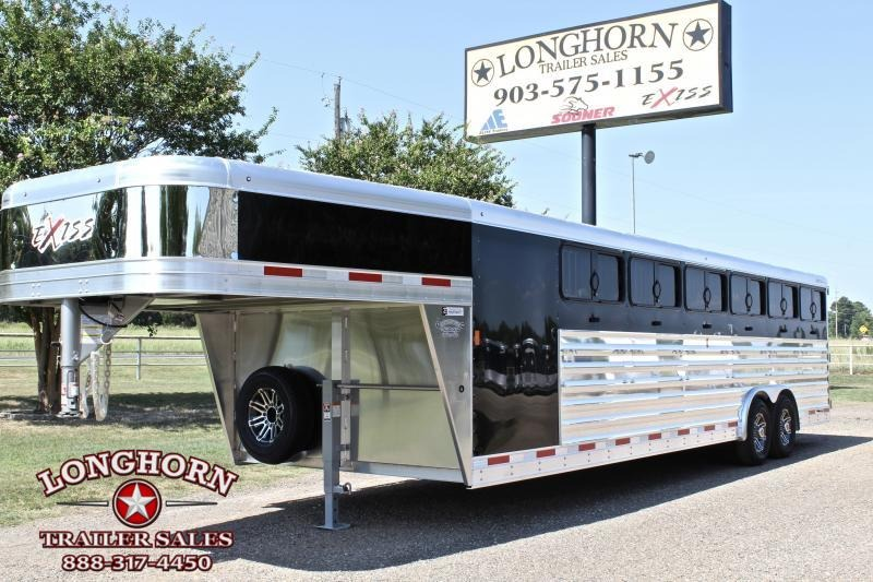 2019 Exiss 28ft Low Pro with 12 Pens and Tack Room