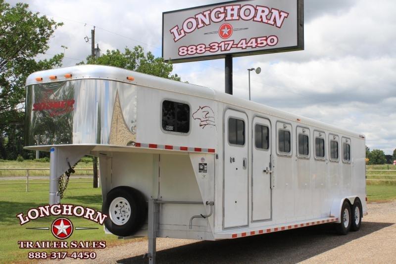 2004 Sooner 6 Horse Gn / Rear Tack Horse Trailer