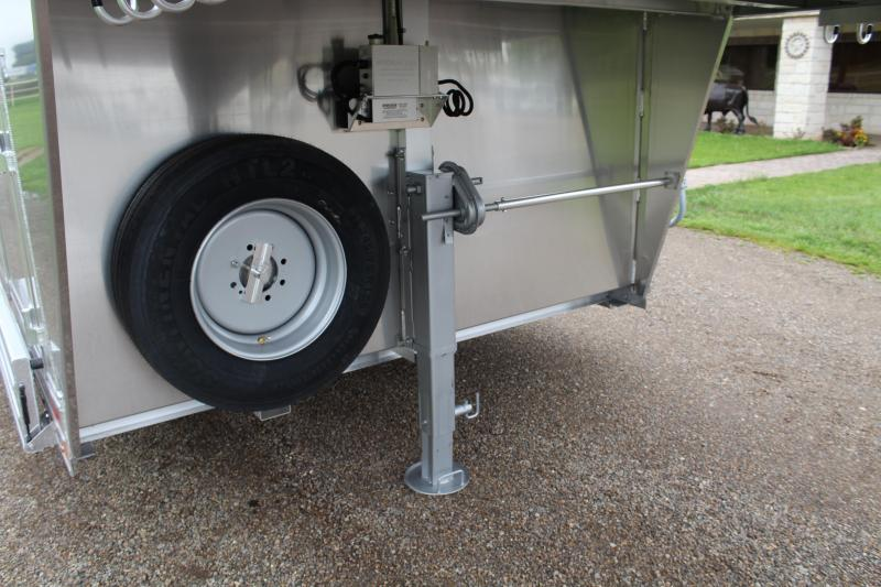 2021 Elite Trailers 12 Horse Polo with Tack Room Horse Trailer
