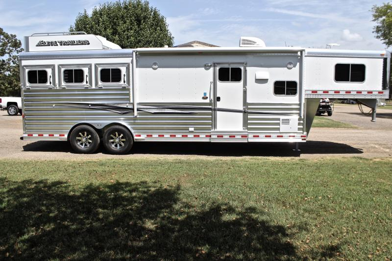 2020 Elite 3 Horse with 10.8' Shortwall with Generator