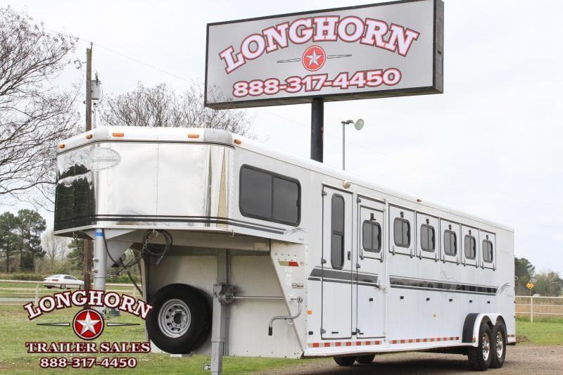 2002 Sundowner Trailers 6 Horse Gooseneck with Front and Rear Tack Horse Trailer