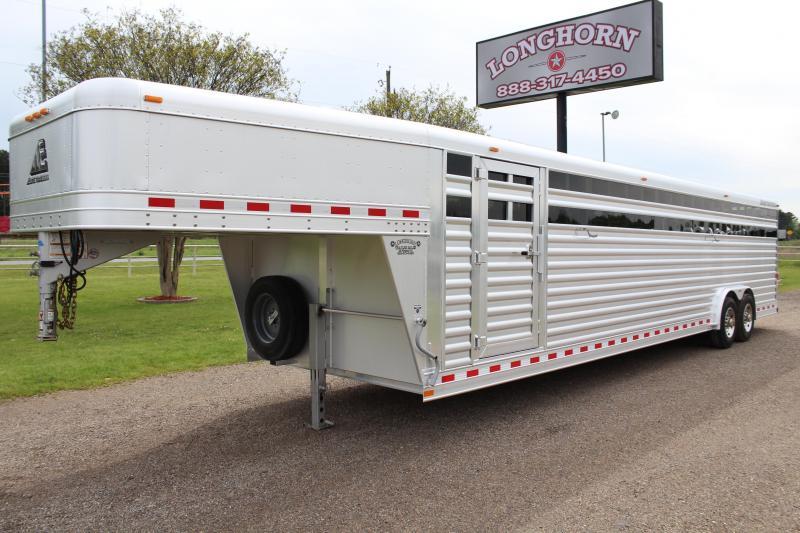 2016 Elite Trailers 32ft x 8ft Stock Trailer Livestock Trailer