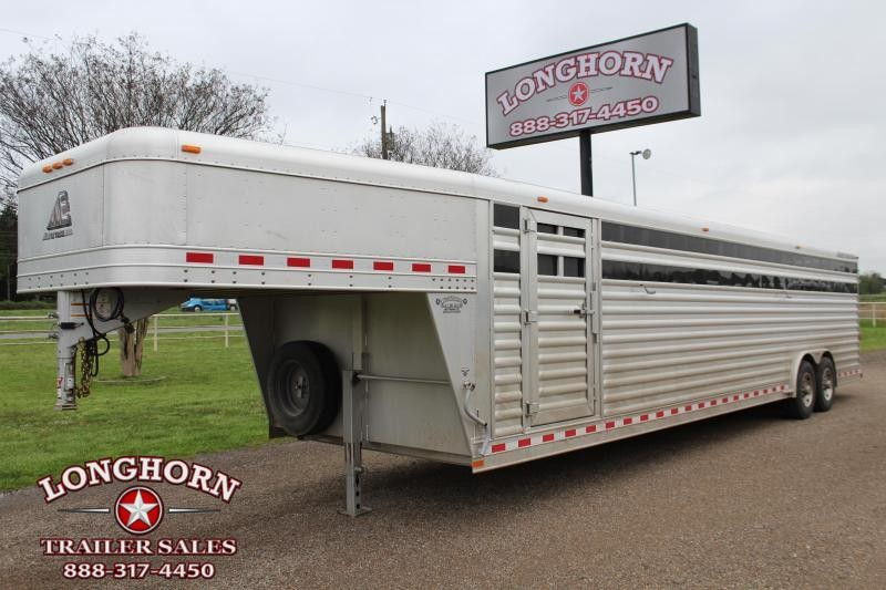 2016 Elite Trailers 32ft x 8ft Stock Trailer Livestock Trailer