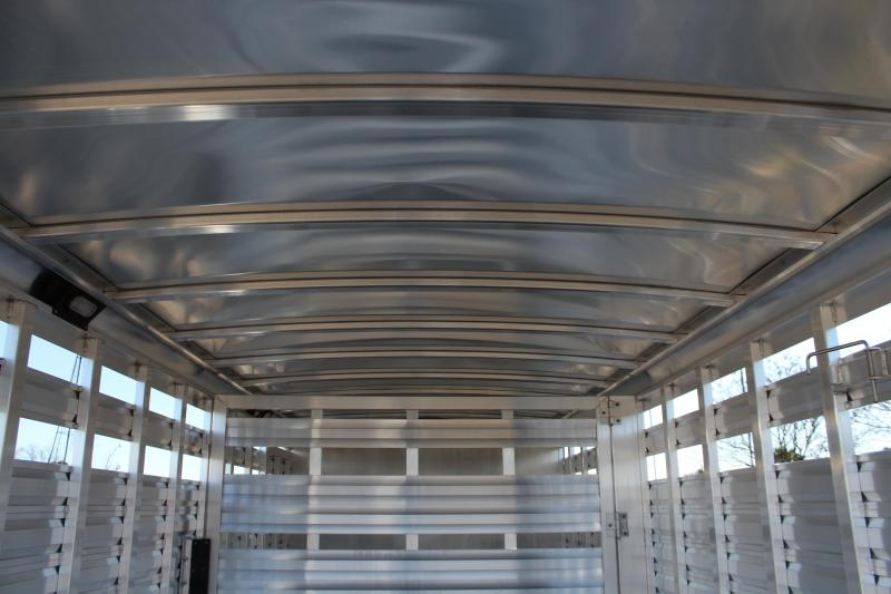 2018 Exiss Trailers 28ft x 8ft Stainless Show Cattle Livestock Trailer