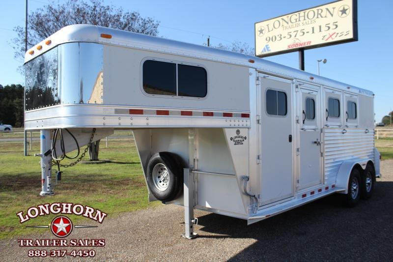 2008 Elite Trailers 3 Horse Goosneck with Front Tack Room Horse Trailer