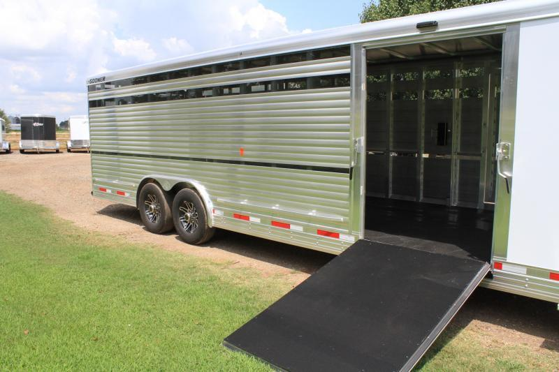 2020 Sooner 28ft Show Cattle with Tack Room 8ft Wide Livestock Trailer