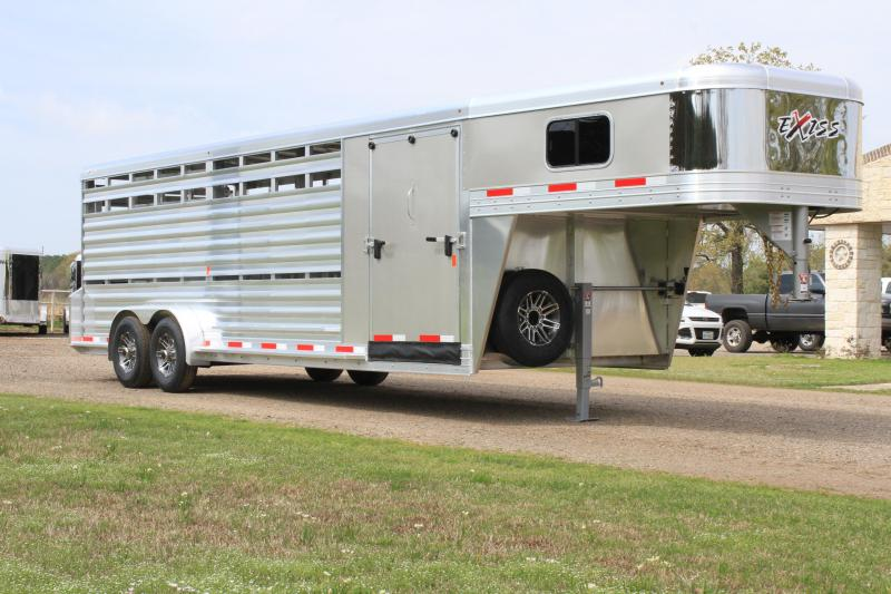 2020 Exiss 24ft Show Cattle Combo /  Side Ramp and 4 Pens