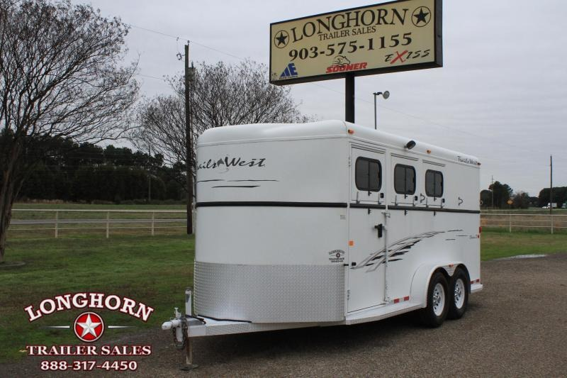 2008 Trails West 3 Horse Bumper Pull Horse Trailer