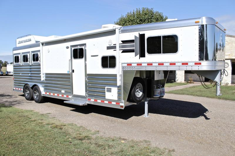 2020 Elite Trailers 3 Horse 10.8 Living Quarter with Generator Horse Trailer