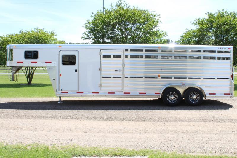 2020 Exiss 24ft Show Cattle Combo w/ 4 pen System/ Side & Rear Ramp