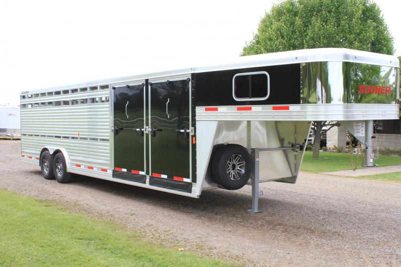 2020 Sooner 28ft Show Cattle Combo with Two Side Ramps