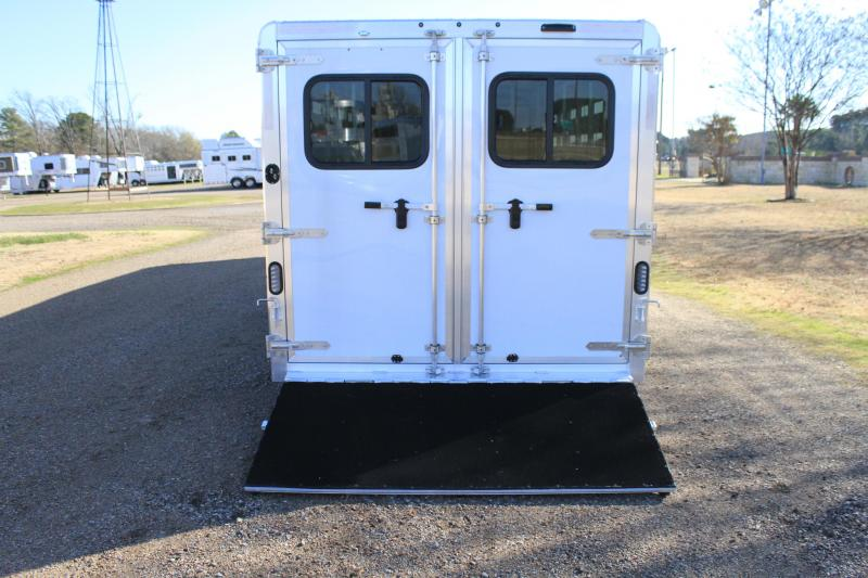 2020 Exiss 24ft Low Pro with 4ft Tack and 10 Pens